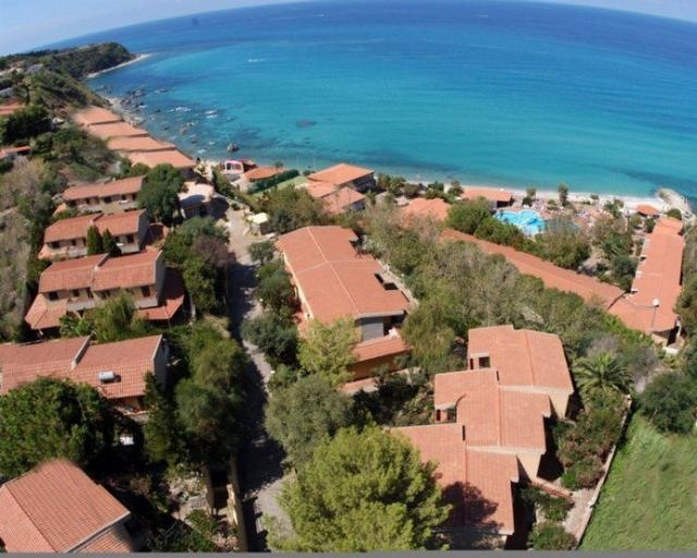 Baia Tropea resort /Blue Resort Paradise/