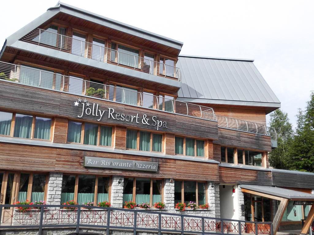 Jolly Resort