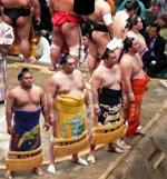 JAPONSKO - SOPKY, TERMÁLY A HRADY KJÚŠÚ