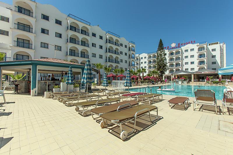 Hotel Crown Resorts Elamaris