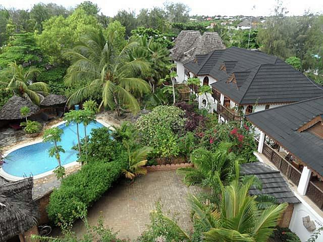 Langi Langi Beach Bungalows