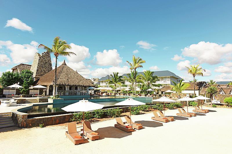 Centara Grand Azuri Resort & Spa