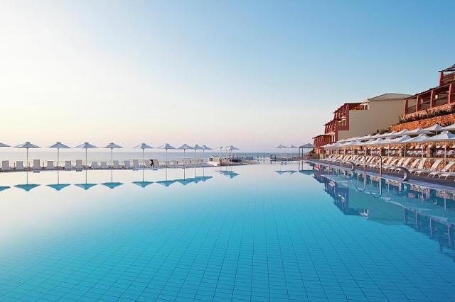 Mareblue Apostolata Resort & Spa