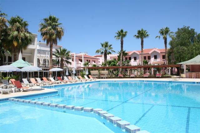Hotel & Resort LA - Dotované pobyty 50+