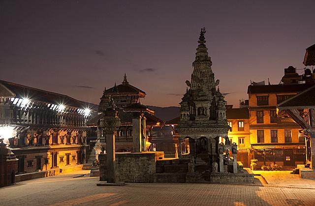 Kathmandu, Pokhara a štíty Himalájí