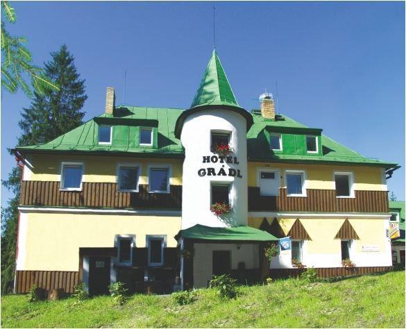 Hotel Grádl- seniorský pobyt