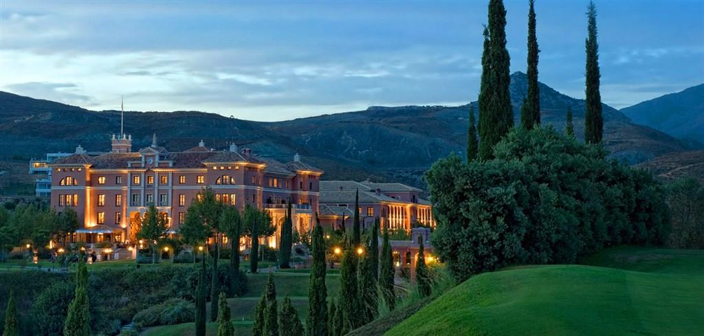 Villa Padierna golf resort