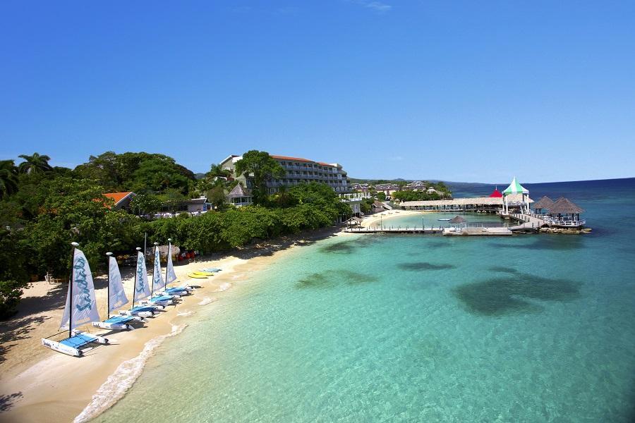 Sandals Grande Riviera Beach & Villa Golf Resort