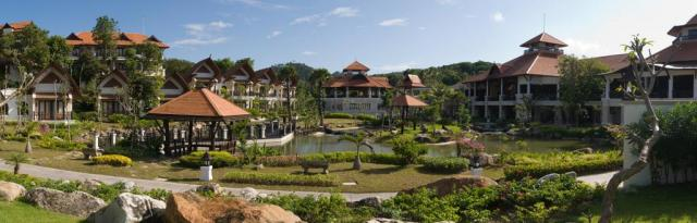 Rawi Warin Resort and Spa
