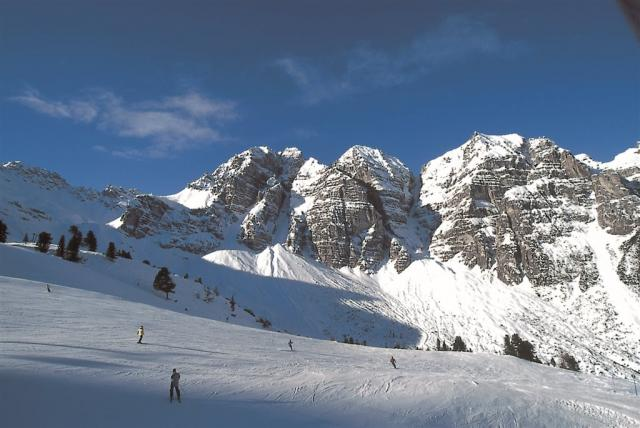 No Name hotely skiareál Schlick 2000 ve Stubaitalském údolí