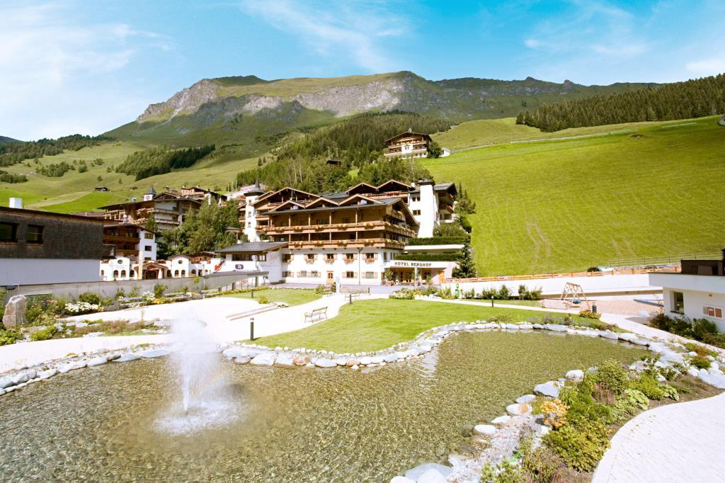 Berghof Crystal Spa & Sport
