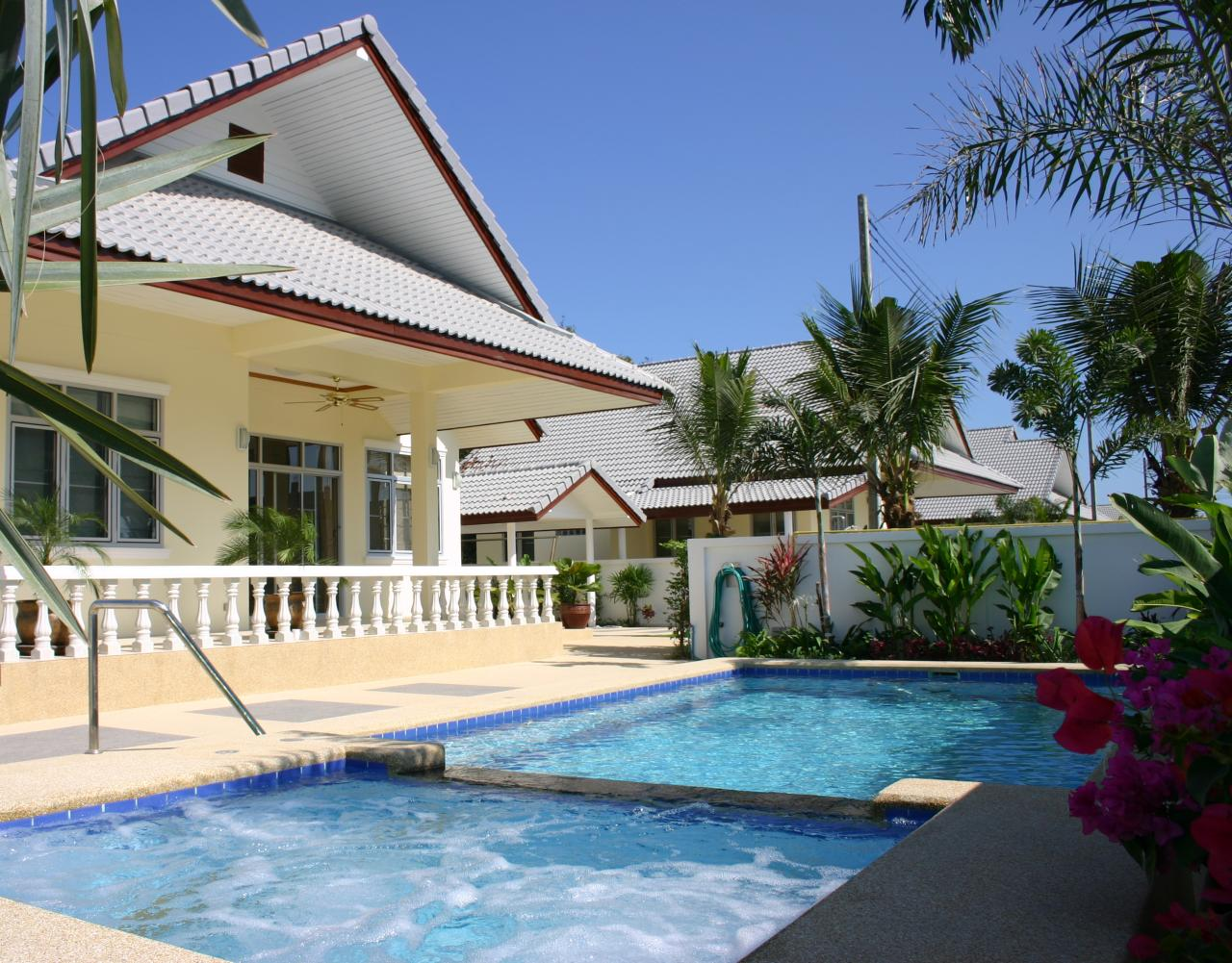 Pool Villa Coconut