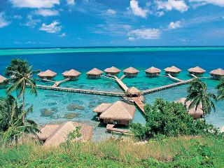 Royal Huahine Resort